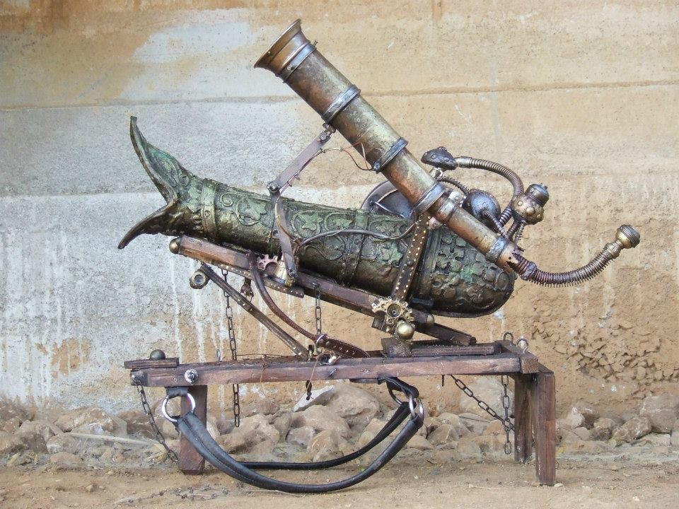 "Tomas Barcelo winner of the first "" Concurso de Armas Steampunk"